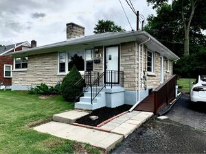 Brand new 3 beds 1 baths house for rent in Louisville