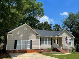 4bed/3bath house for rent in beautiful Chapin