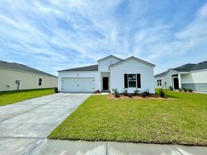 Beautiful 4 beds 2 baths home for rent in Summerville