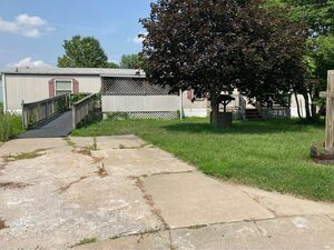 Adorable 3 beds 2 baths home for sale in Council Bluffs
