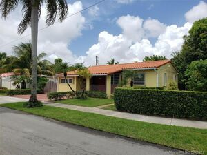 Beautiful 3 beds 2 baths house for rent in Miami