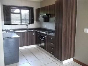 2 Bed Apartment in Waterval East