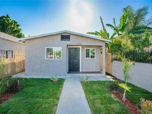 Lovely 2 bed 1 bath home for rent in Los Angeles