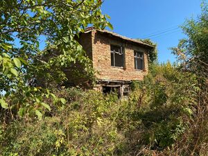 Pay Monthly - VT Private Mountain Home with huge land + view