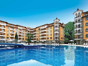 Pool View 1-Bedroom apartment in Royal Sun, Sunny Beach