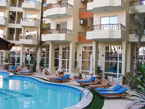 Spacious 1 bedroom apartment in Paradise Hills