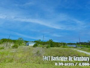 Escape to Lake Granbury with this Vacant Lot for sale