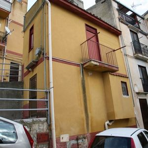 sh 599 town house, Caccamo, Sicily