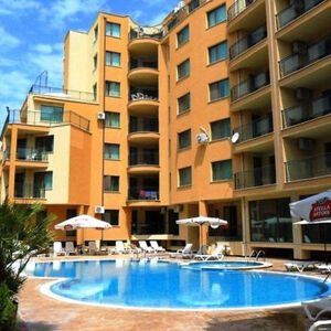 Pool view 2-bedroom apartment in Amadeus 3, Sunny Beach