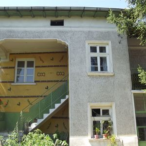 Rural house with barn, garden & nice location 7 km from town