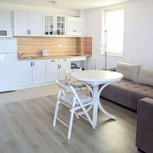 Spacious studio apartment, 49 sq.m., with sea view in Byala!