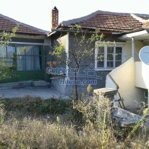 Very cheap house in a quiet place near fishing lake & forest