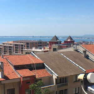 Large studio with sea view for sale in Saint Vlas