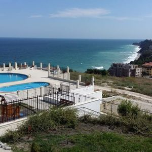 1 BED stylish apartment in Byala, with sea views