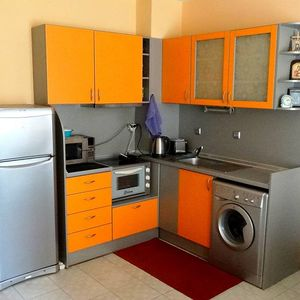 One bedroom apartment in the center of Saint Vlas!