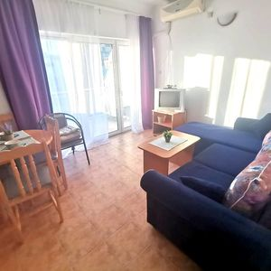 One bedroom apartment in Saint Vlas 100meters from the beach