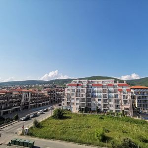 One-bedroom apartment in Saint Vlas! Sea view!