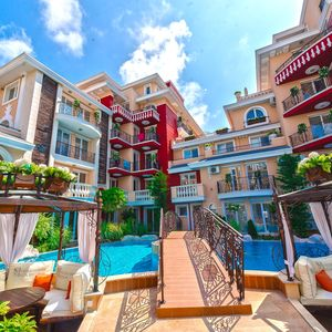 1-bedroom apartment with POOL VIEW in Messembria Resort