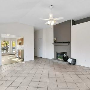3 bedroom 2 bath home!  Move in Ready!!!