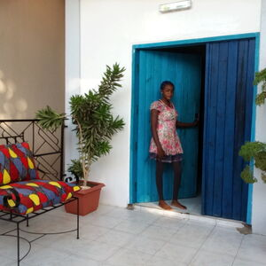 TOWNHOUSE for RENT ~ Outstanding GUEST HOUSE in Kololi