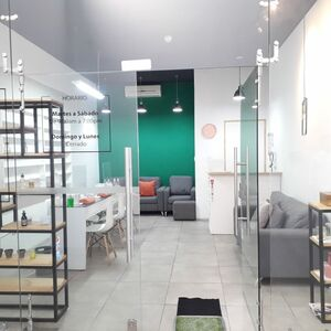 FOR SALE - LOW PRICE Nail Bar, Plaza JUSO