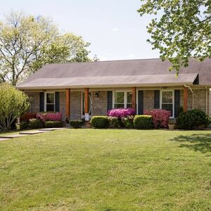 Beautiful 3 bed 2 baths home for rent in Columbia