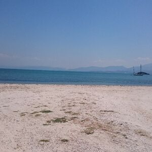 204m2 Seafront Land Ready for Construction in Koronisia