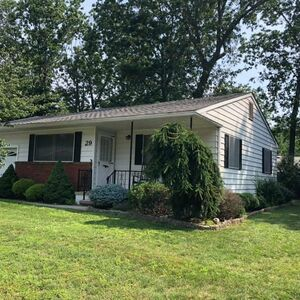 Comfortable 2 beds 1 bath home for sale in Manchester