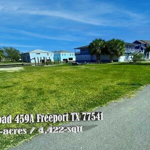 Build Your Dream Home On This Peaceful lot