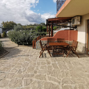 1 BED apartment with a small garden in Yalta (St. Vlas)